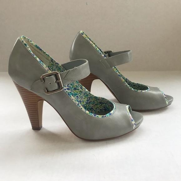 Decree Shoes - Slate grey Decree Mary Janes